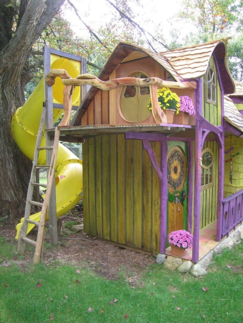 Fabulous backyard playhouse to delight your kids 27