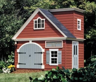 Fabulous backyard playhouse to delight your kids 29