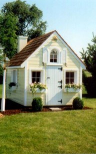 Fabulous backyard playhouse to delight your kids 41