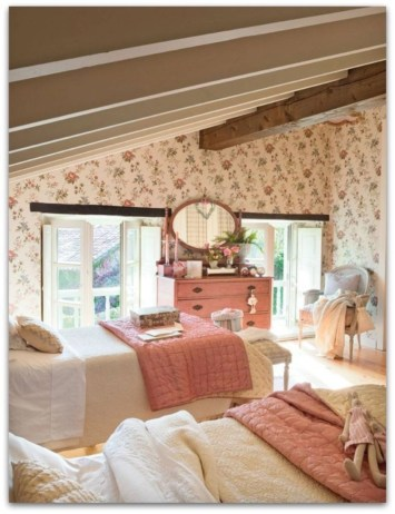 Vintage attic bedroom with wall of skylights39