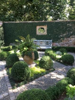 Beautiful courtyard garden design ideas 01