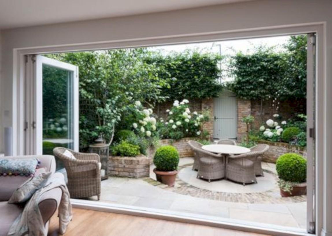 35 beautiful courtyard garden design ideas godiygo com