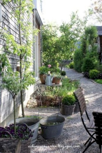 35 Beautiful Courtyard Garden Design Ideas - GODIYGO.COM