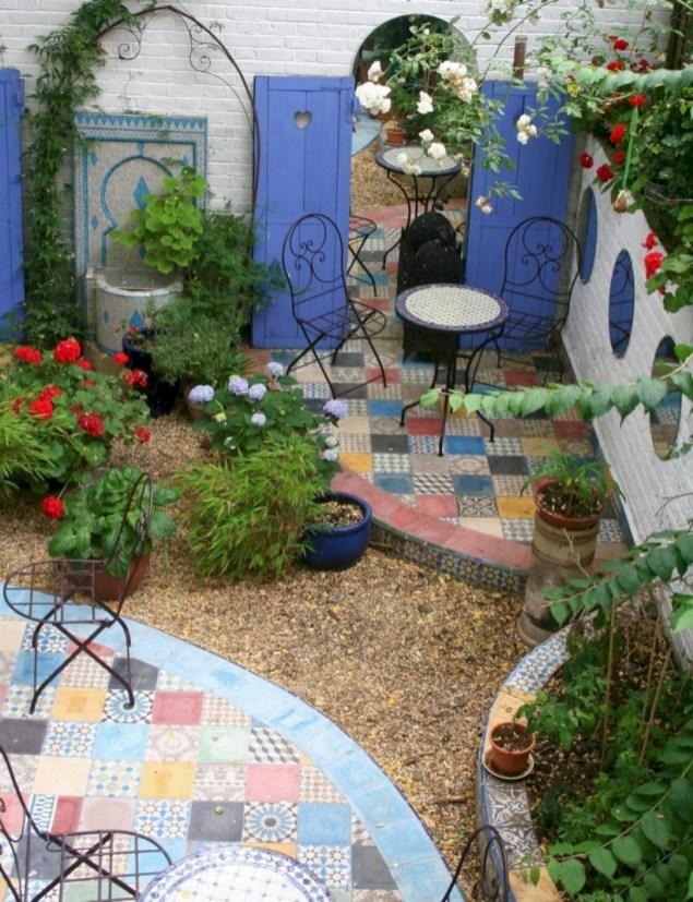 Beautiful courtyard garden design ideas 08