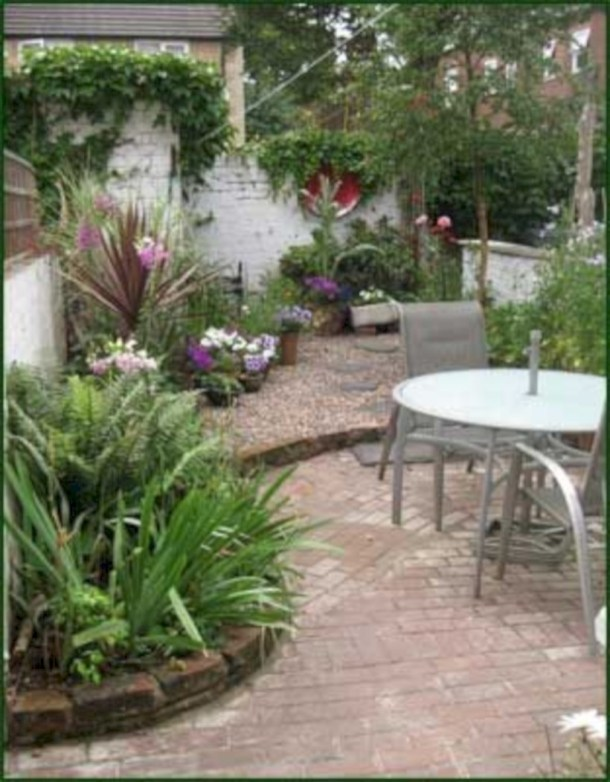 Beautiful courtyard garden design ideas 24