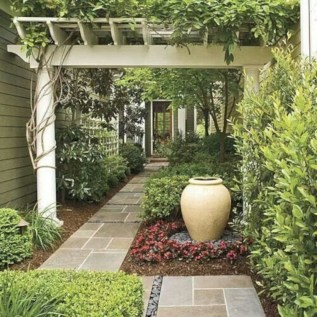 Beautiful courtyard garden design ideas 28