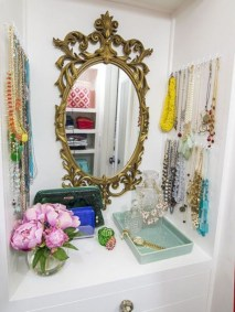 Clever ideas to makeover your mirror 29