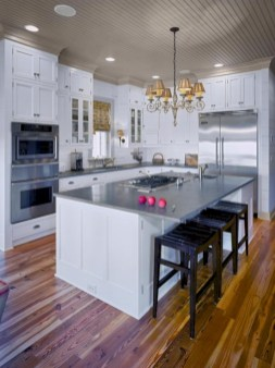 Gorgeous narrow kitchen with stunning details 34