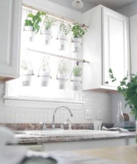 Lovely diy garden decor ideas you will love 04