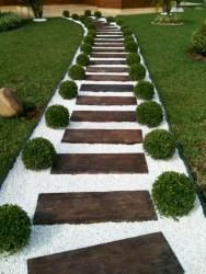 Lovely diy garden decor ideas you will love 24