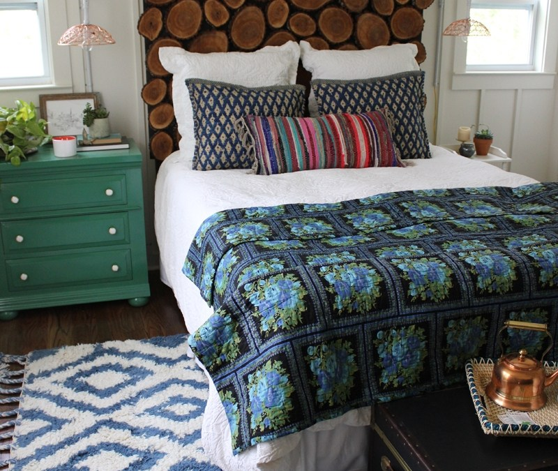 DIY Wood Round Headboard to Beautify Your Bedroom