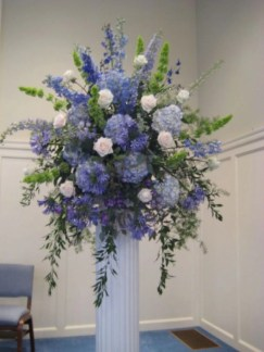 Diy floral arrangement that you can use on your wedding day 38
