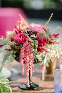 Diy floral arrangement that you can use on your wedding day 40