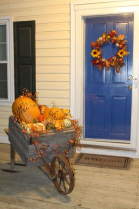 Awesome farmhouse fall decor porches 10