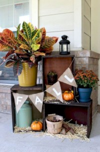Awesome farmhouse fall decor porches 35