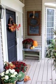 Awesome farmhouse fall decor porches 36