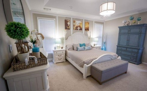 Best modern farmhouse bedroom decor ideas 05