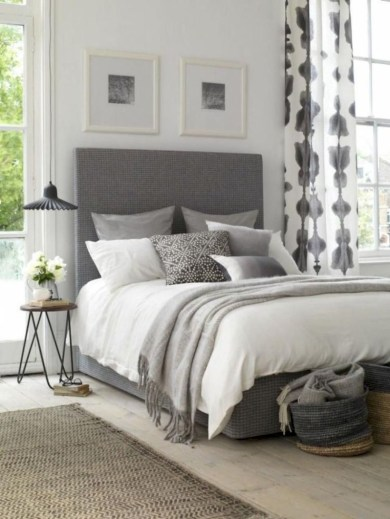 Best modern farmhouse bedroom decor ideas 16