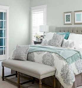 Best modern farmhouse bedroom decor ideas 22