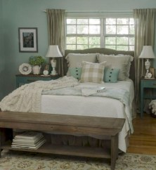 Best modern farmhouse bedroom decor ideas 24
