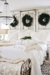 Best modern farmhouse bedroom decor ideas 26