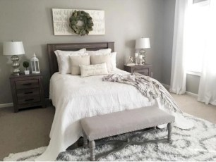 Best modern farmhouse bedroom decor ideas 33