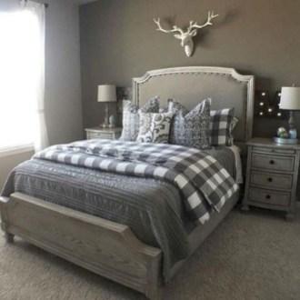 Best modern farmhouse bedroom decor ideas 41