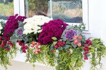 Cheap and easy fall window boxes ideas 08