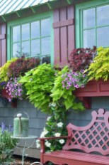 Cheap and easy fall window boxes ideas 34