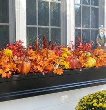 Cheap and easy fall window boxes ideas 40