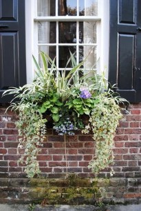 Cheap and easy fall window boxes ideas 46