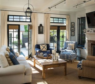 Classic nautical decor ideas that'll ready your home for summer 28