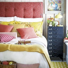 Creative bedroom decoration ideas for a new spring looks 05