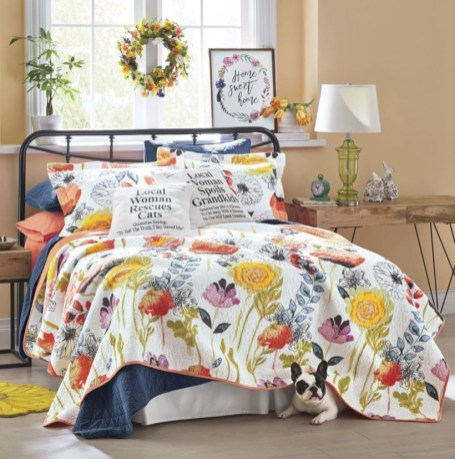 Creative bedroom decoration ideas for a new spring looks 10