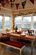 Cute farmhouse christmas decoration ideas 21