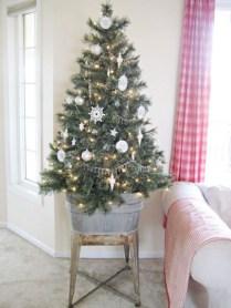 Cute farmhouse christmas decoration ideas 22