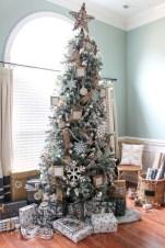 Cute farmhouse christmas decoration ideas 23