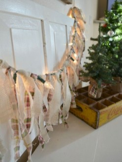 Cute farmhouse christmas decoration ideas 35