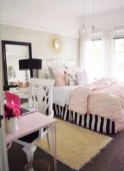 Easy and cute teen room decor ideas for girl 15