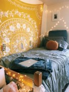 Elegant dorm room decorating ideas 11