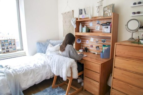 Elegant dorm room decorating ideas 35