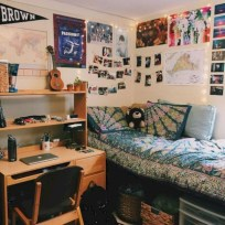 Elegant dorm room decorating ideas 46