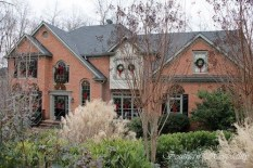 Exterior paint colors with red brick 41