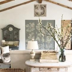 Incredible european farmhouse living room design ideas 02