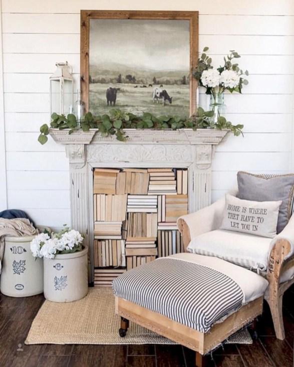 Incredible european farmhouse living room design ideas 30