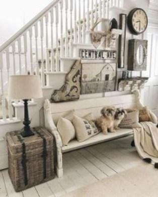 Incredible european farmhouse living room design ideas 52