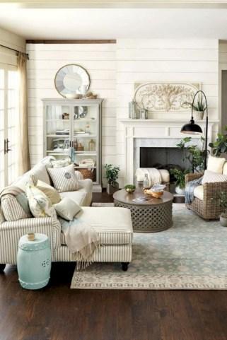 Incredible european farmhouse living room design ideas 71