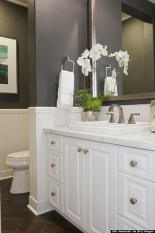 Incredible half bathroom decor ideas 111
