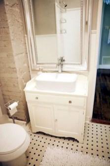 Incredible half bathroom decor ideas 87