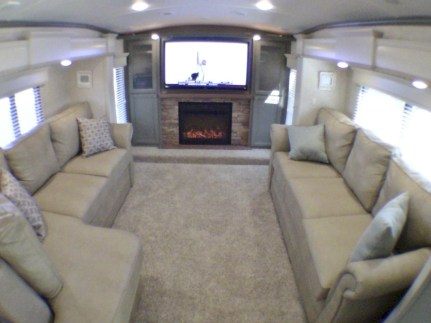 Rv living decor to make road trip so awesome 35